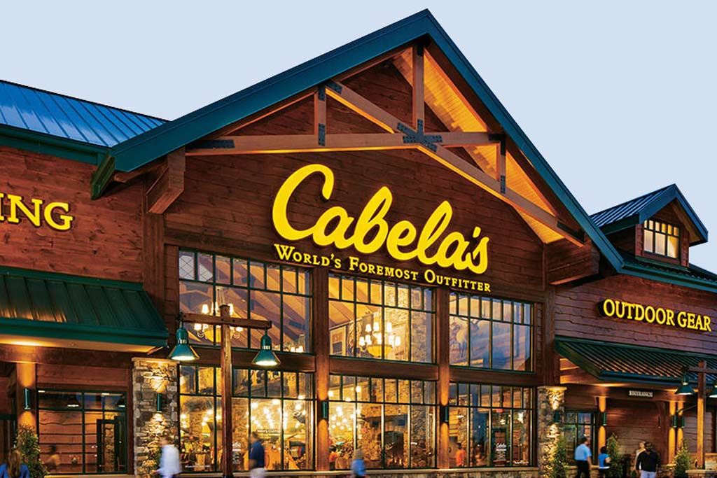 Cabelas store front picture