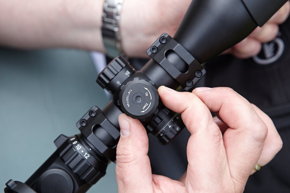 tips on how to mount a rifle scope on a picatinny rail